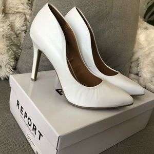 NWT White Pointy Toe Pumps NEW IN BOX